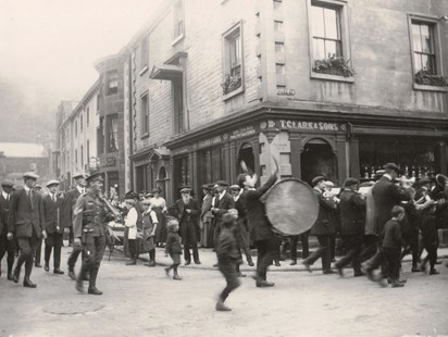 Leaving Settle for war (Credit 'The Brayshaw Collection, Giggleswick School').jpg